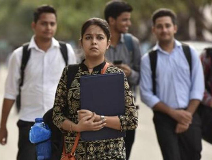 How reservation in government jobs and educational institutes is divided in India