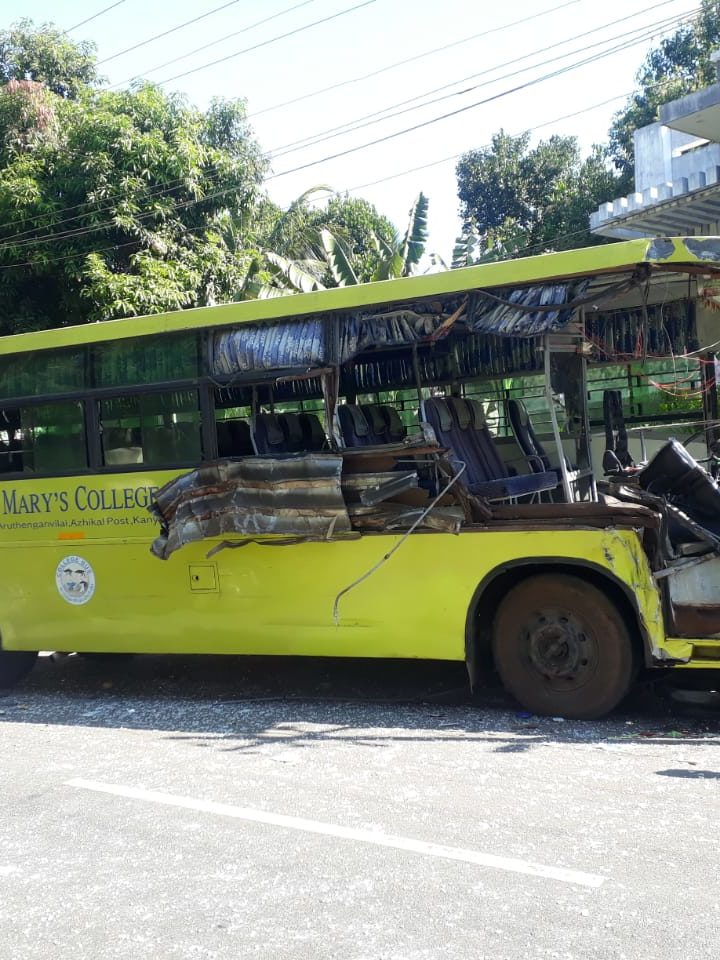 Stella Mary's College Of Engineering Bus Accident near Soora Pallam